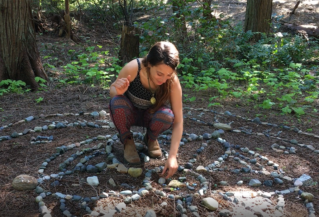 Setting stones, by Ayala Reznik, AIR 2018
