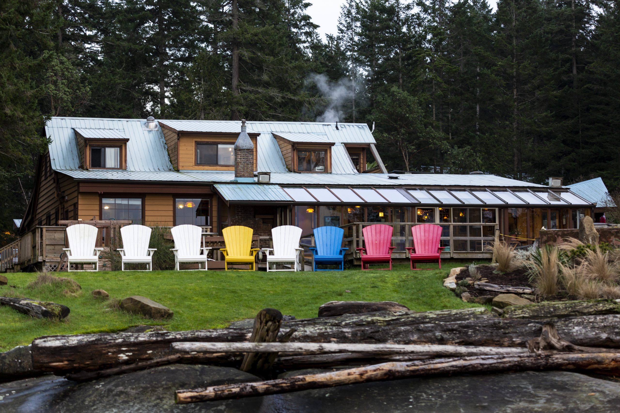 Lodge with Colorful Chairs-7756